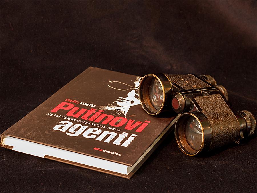 Ondřej Kundra - Putinovi agenti
